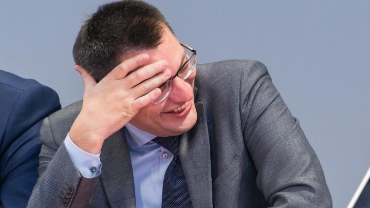 К первому вице-премьеру края Михаилу Сюткину предъявили иск по долгам за «коммуналку»на 745 тысяч