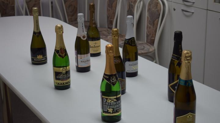 Эксперты забраковали три бутылки шампанского из девяти и раскрыли их названия
