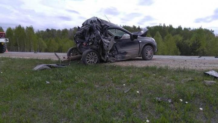 Водителю КамАЗа, в аварии с которым погибли уральский полицейский и его семья, вынесли приговор
