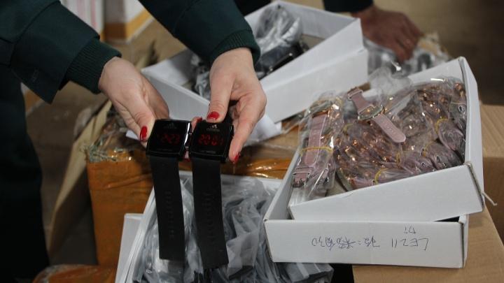 Через Самарскую область везли фальшивые часы Cristiаn Dior