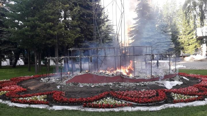 В Омске загорелась «Флора»