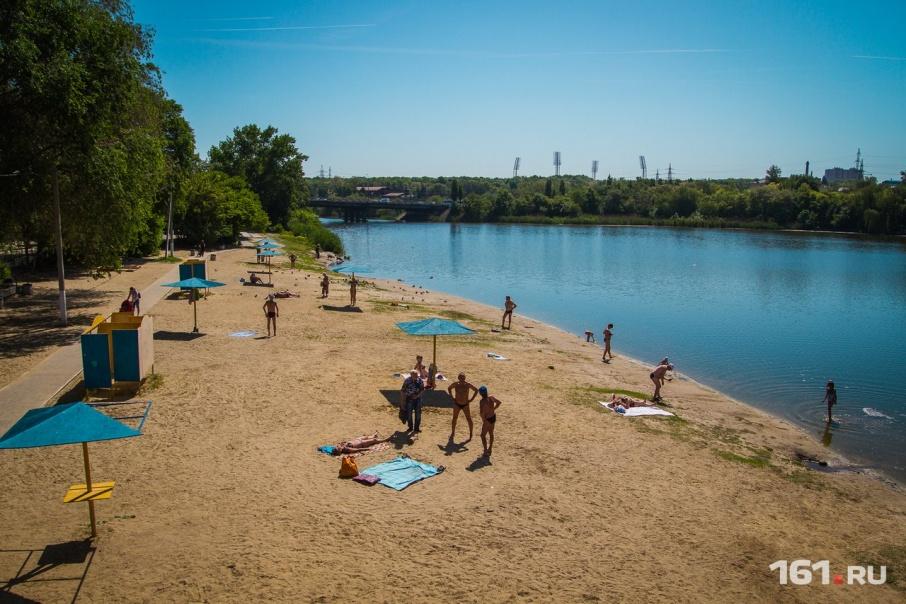 От жаркой погоды ростовчане могут спастись на пляже