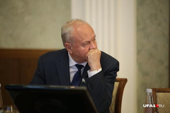 Председатель башкирского парламента раскрыл цены в депутатской столовой