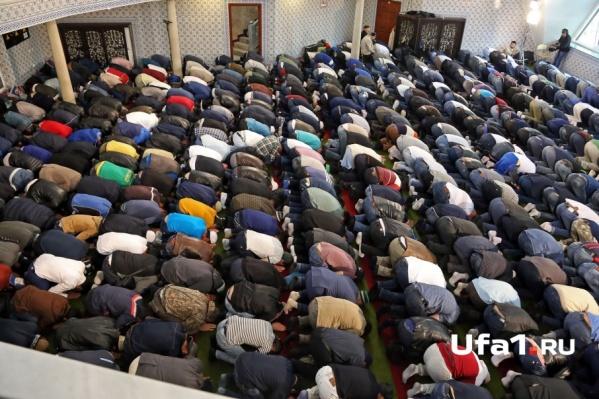 Праздничный намаз прочитают в 23 мечетях и молельнях города
