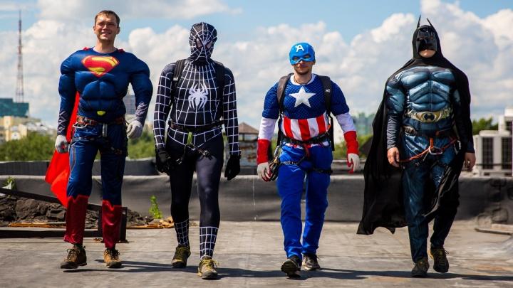 Новосибирская больница развесила на стенах портреты американских супергероев