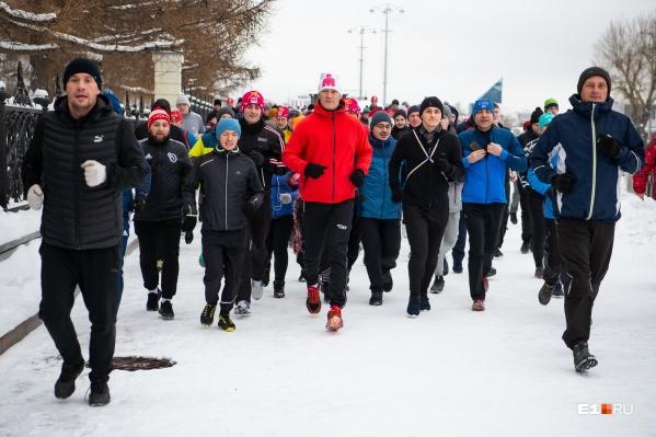 В Екатеринбурге есть люди, которые готовы бегать 1 января!