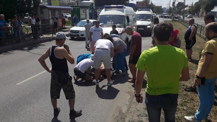 «Мотоциклист пролетел метров 40»: страшное ДТП случилось в Самаре на Советской Армии
