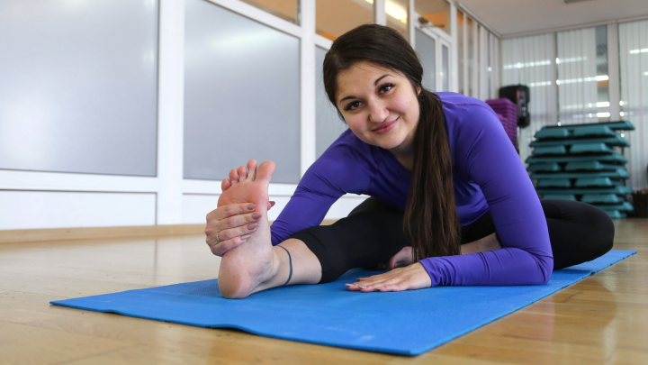 Не ленись — растянись: 5 лучших упражнений, которые помогут расслабиться перед сном