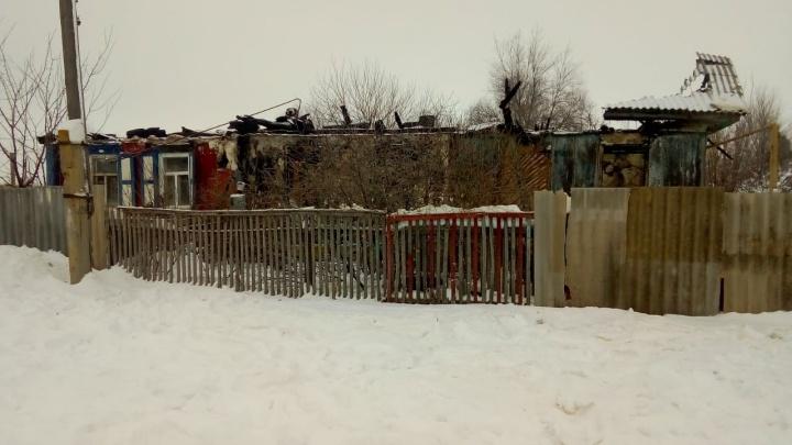 Сработала сигнализация: четырех детей удалось спасти при пожаре на Дону