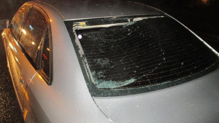 «Мужчине голову оторвало»: в Ярославле на бешеной скорости иномарка сбила пешехода