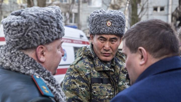 Музраев? Журналист московский?: волгоградцы не заметили покушения на Бочарова и задержания генерала