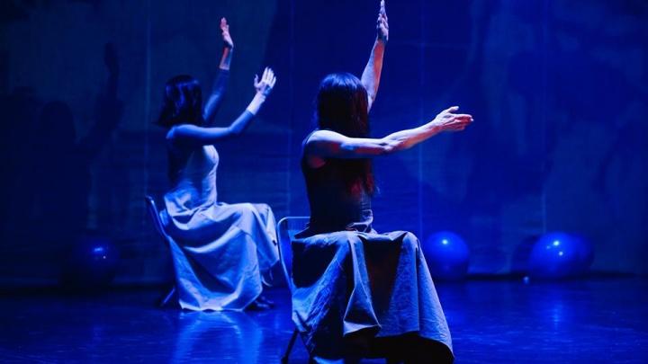 Танцы среди чемоданов: артисты устроят шоу на железнодорожном вокзале Екатеринбурга