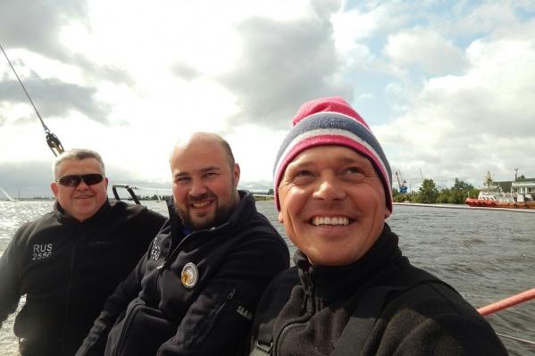 Участники ожидают старта: несколько дней им приходилось соревноваться в акватории Северной Двины<br>