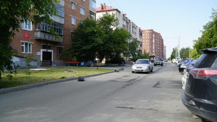 Тюменцы пять лет воюют с водителями, устроившими трассу под окнами домов на Московском тракте