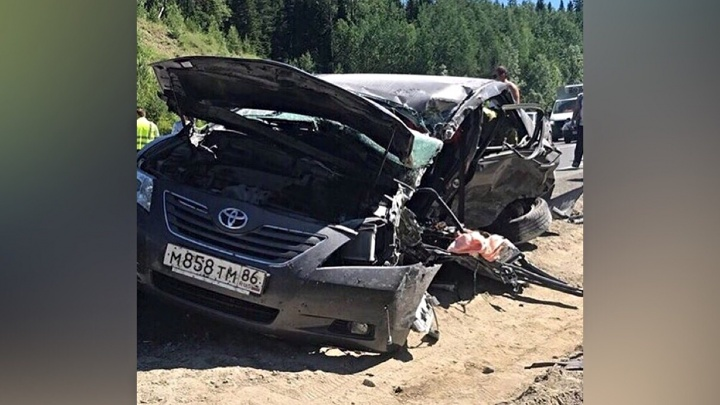 В аварии на трассе Тюмень — Ханты-Мансийск погибла 40-летняя водитель Toyota Camry