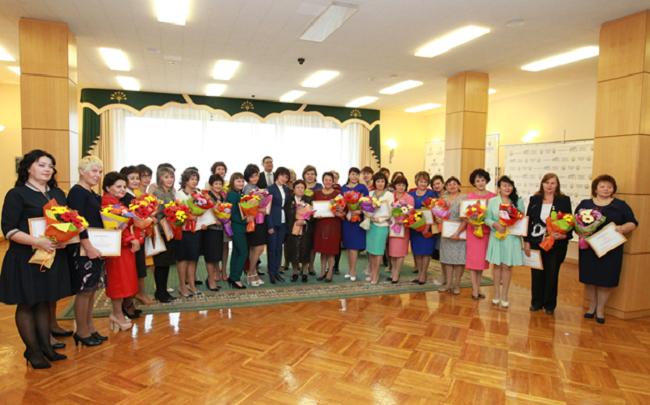 Правительство Башкирии наградило лучших учителей