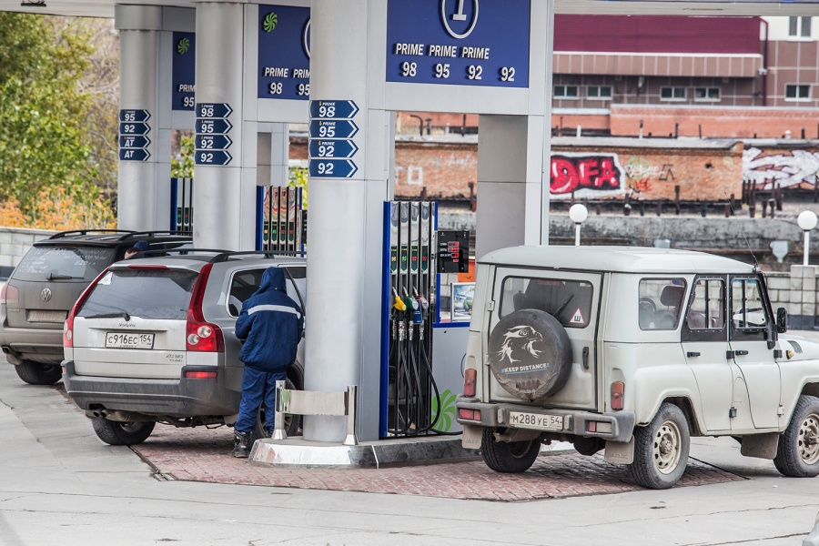 Сконца мая цены набензин резко увеличились вНовосибирске