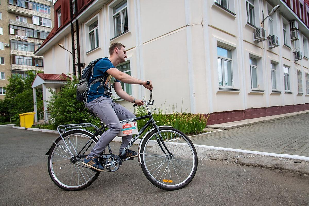 Рабочий транспорт появился у педиатра детской поликлиники № 8 прошлой осенью