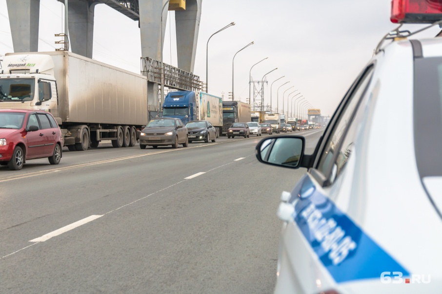 Ограничения для грузовиков будут действовать утром и вечером
