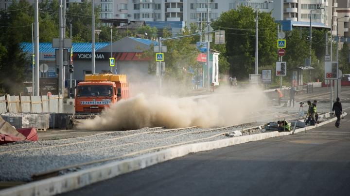 Макаровский мост еще три раза закроют для машин. Публикуем график