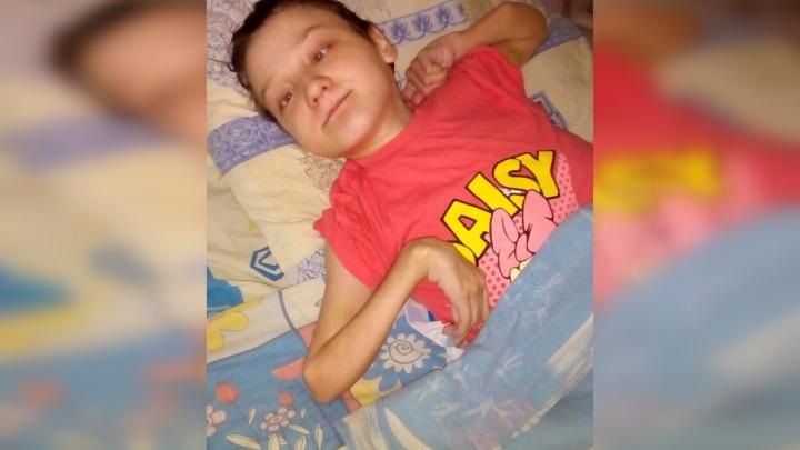 На Первом канале рассказали про парализованную тюменку, над которой издевалась собственная мать