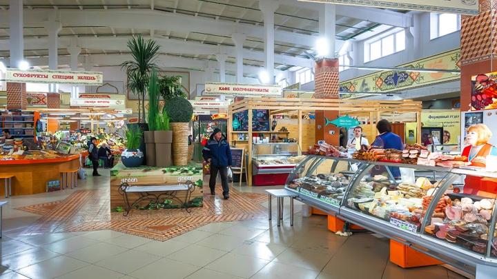 В магазинах Петуховского района торговали продуктами, срок годности которых истек еще три года назад