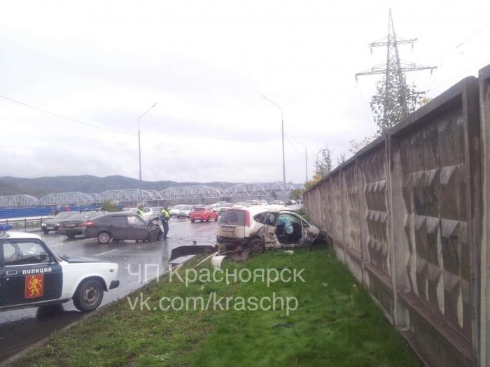 Водителей увезли в больницу