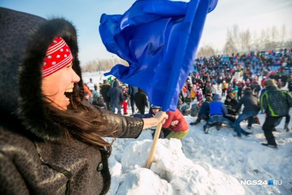 Смотрите, каким видел прошедший год фотокорреспондентNGS24.RU Артём Ленц