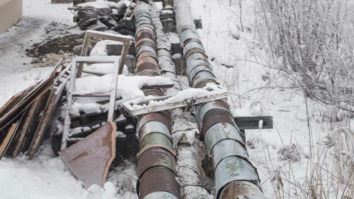 Без отопления детский сад и дома: в Вилегодском районе КАМАЗ повредил трубу теплоснабжения