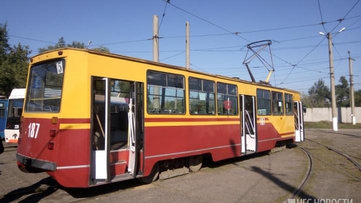 По правому берегу начал ходить новый трамвайный маршрут