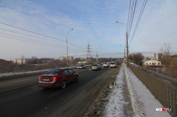 На новом мосту будет две полосы для транспорта