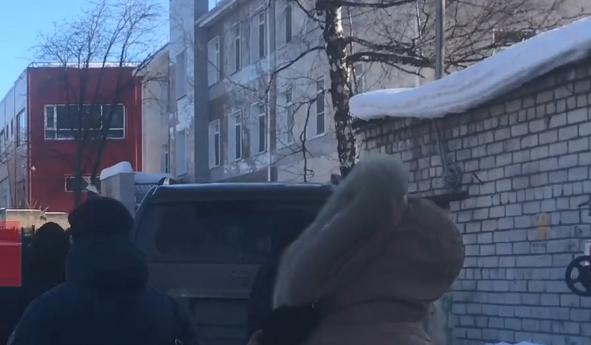 «Было сообщение о минировании». Сотрудников нижегородского Роспотребнадзора экстренно эвакуировали
