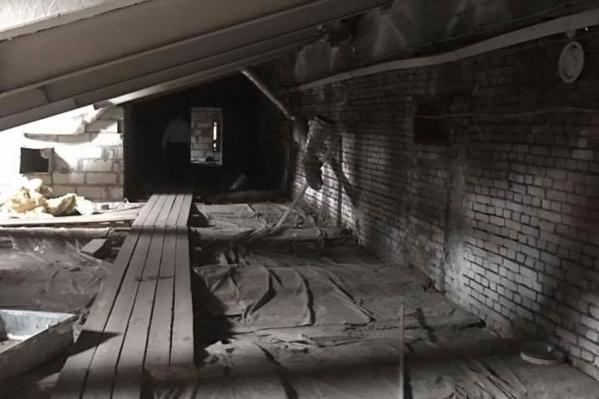 Пространство под крышей здания можно использовать для создания галереи, считают городские власти<br>