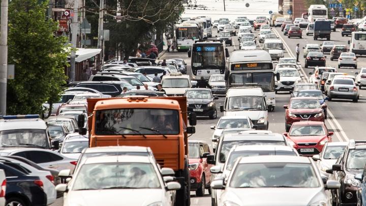 Донские власти освободили часть ростовчан от автомобильного налога. Рассказываем, кому повезло
