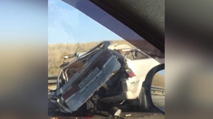 «Нелепо и трагично»: эксперты проанализировали видео ДТП, где разбилось авто с тюменскими номерами