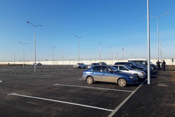 Общая площадь парковки — 5 тысяч квадратных метров
