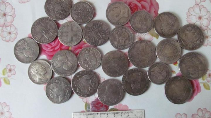 Мошенники продали жителю Башкирии фейковые старинные монеты