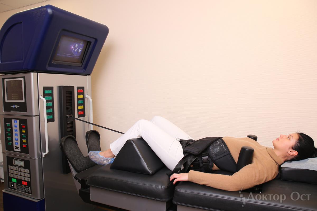 Врачи «Доктора Ост» развенчивают известные мифыо лечении позвоночника и суставов