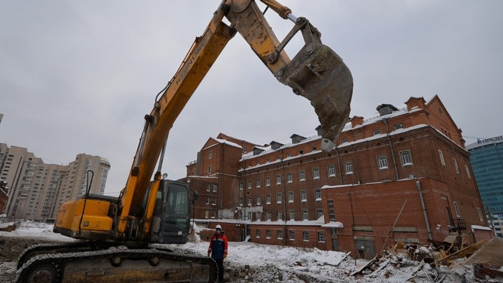 В Екатеринбурге у старинной мельницы УГМК начала строить элитный квартал
