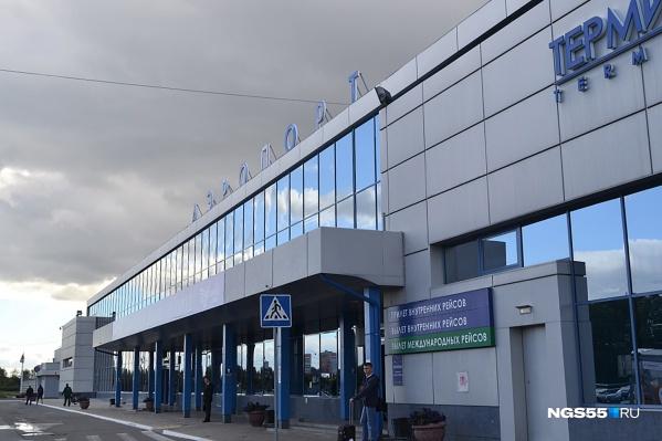 Омский аэропорт будет носить имя Карбышева, Туполева или Ульянова