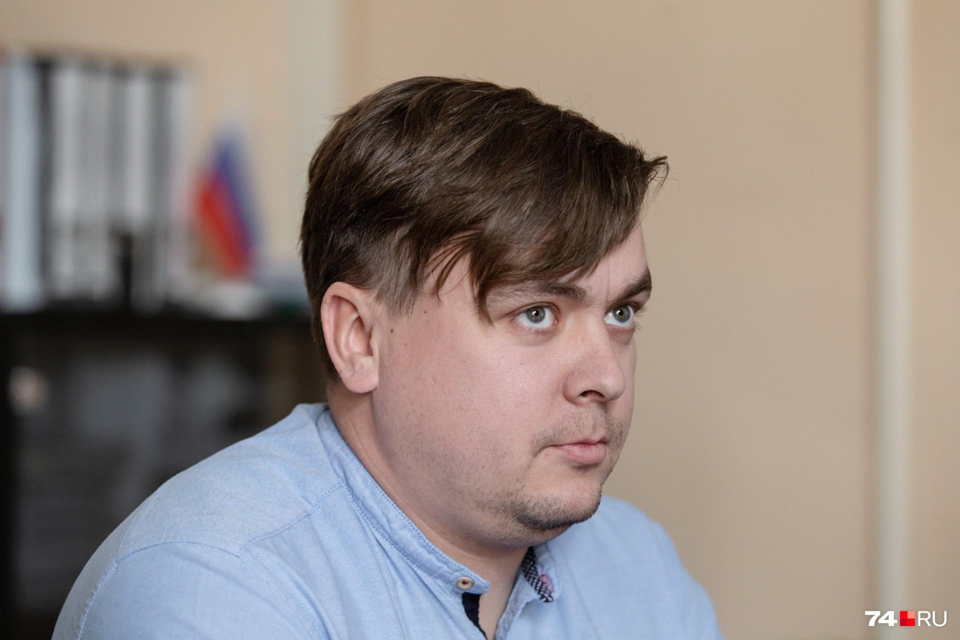 Андрей Овчинников находился у дома с раннего утра 31 декабря и всё время, пока шёл разбор завалов