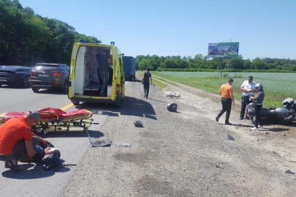 Велосипедиста с травмами доставили в реанимацию