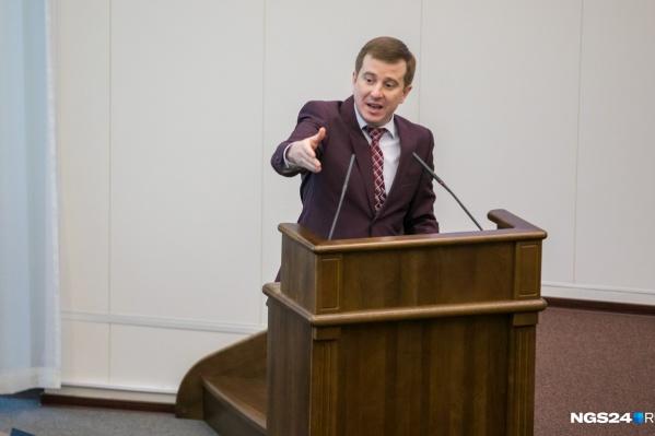Депутат говорит, что революция не нужна ни Красноярску, ни России