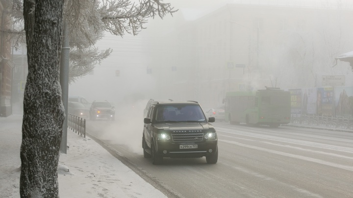 «Пробки, смог и холод»: как Красноярск пережил первые морозы