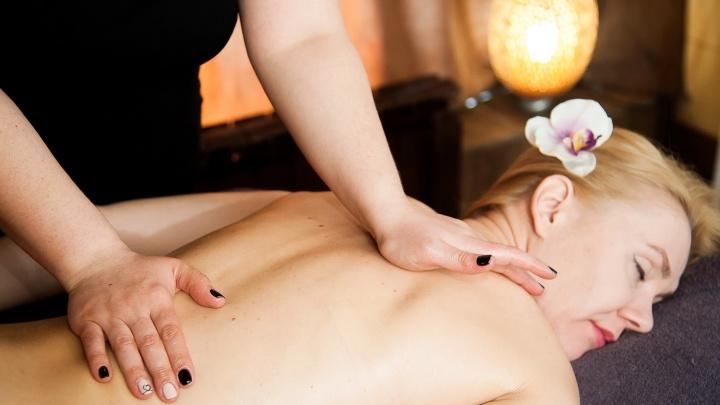 Страдающим бессонницей и скачками давления помогут с помощью индийского массажа