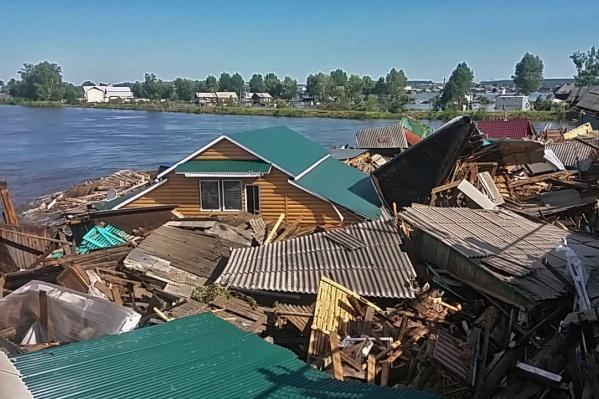 Из-за наводнения в Иркутской области была закрыта трасса «Сибирь». Сегодня около полудня движение открыли