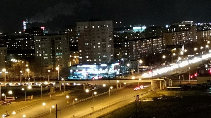 По Монтажников и Широтной открыли две полосы для движения транспорта