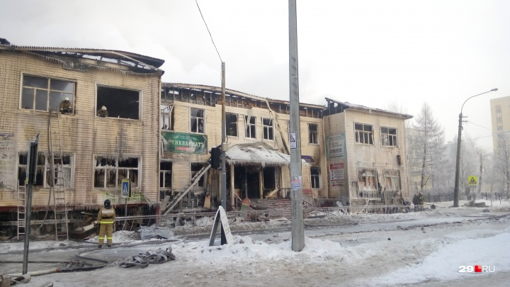 Городская администрация запланировала построить развязку на месте сгоревшего здания на Выучейского