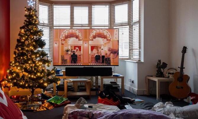 Уральцы узнали, как посмотреть 13 000 фильмов за новогодние каникулы