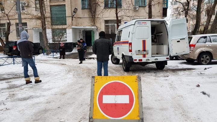 В центре Волгограда газовщики экстренно эвакуировали жильцов многоквартирного дома